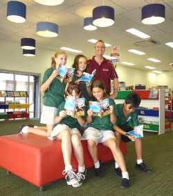 Jeff with Nightcliff Students